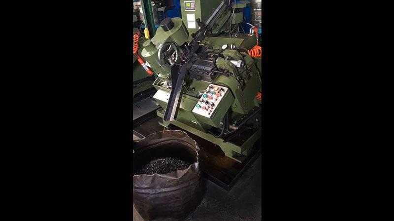 Screw Production Concrete Nails Suppliers